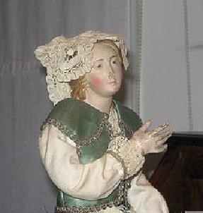 img7-figurine-napolitaine-dune-creche-du-xixe-siecle